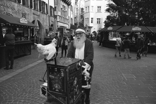 "Bad Santa  (Nikon FM3A / Tmax 400) • <a style=""font-size:0.8em;"" href=""http://www.flickr.com/photos/65969414@N08/50747865518/"" target=""_blank"">View on Flickr</a>"
