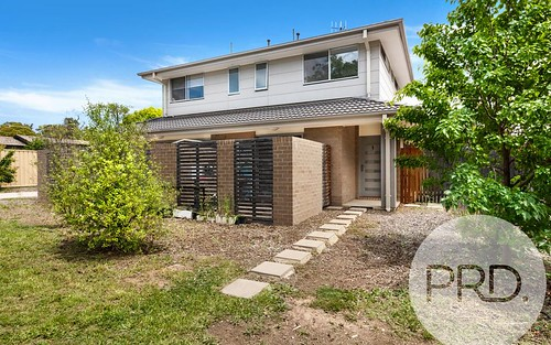 1/9 Houghton Place, Spence ACT 2615