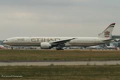 Photo of A6-ETB_B773_Etihad Airways_-