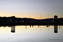 Sunset over Poets cove on South Pender Island)  -  (Published by GETTY IMAGES)