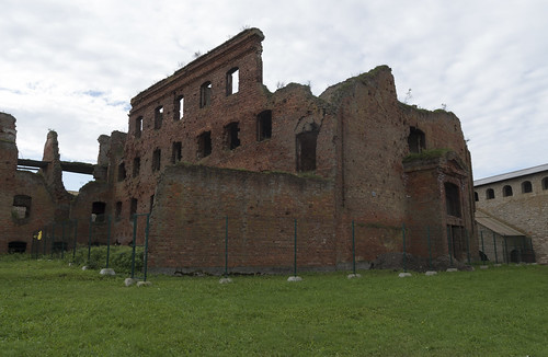 Ruins of the fourth prison wing at Oreshek Fortress, 14.09.2018.