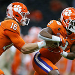 Clemson Handoff (Jonathan Bachman for the Allstate Sugar Bowl)