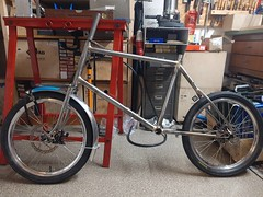 The #minivelo got a fork & fenders #framebuilding #ccycles