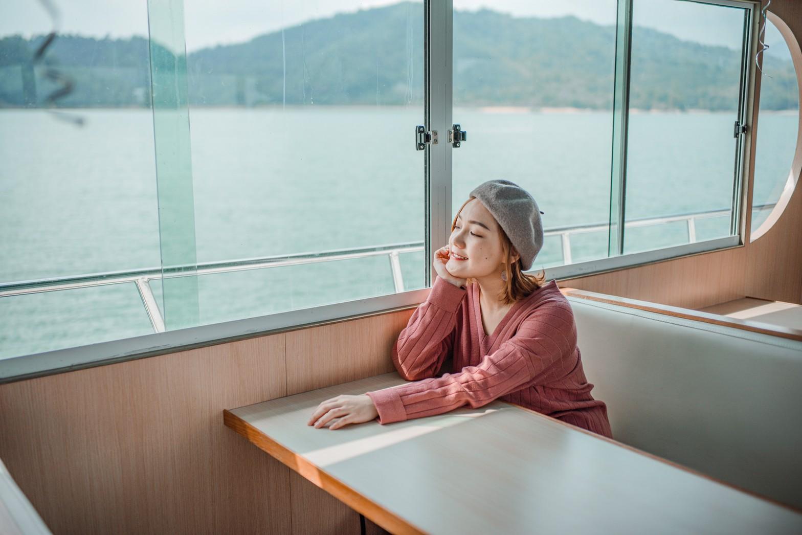 日月潭景點|日月潭包船遊湖推薦|日月潭月影號。享受英式下午茶