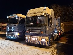 Photo of Vic Haines ERF ECX & Scania R 440 at Lesmahagow  in the snow