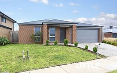 5 Curved Trunk Road, Officer VIC