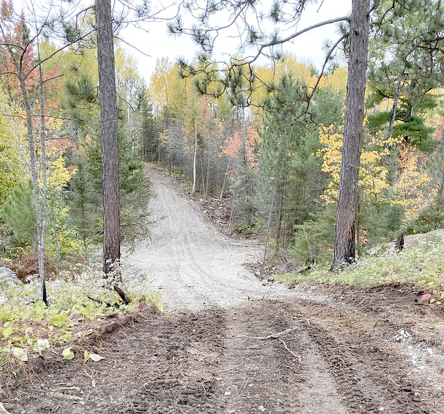 Prospector Trail photo fall 2019_3009