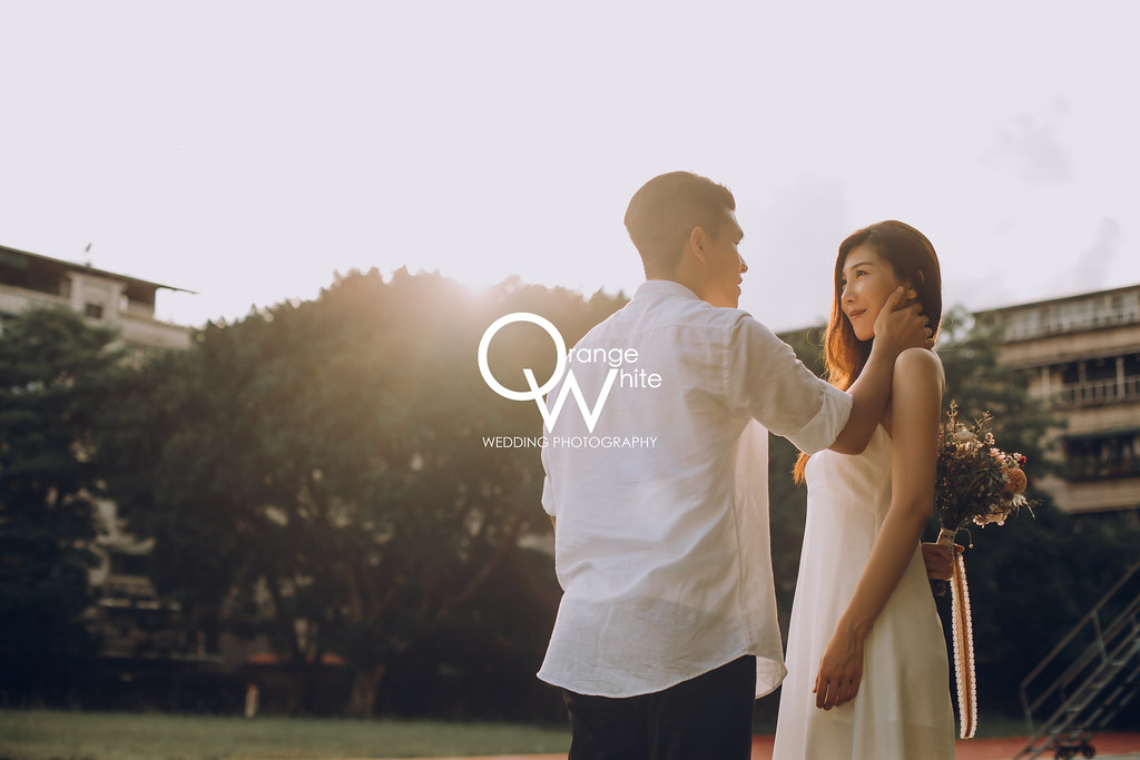 橘子白,攝影,工作室,自助婚紗,婚攝,婚紗攝影,自主婚紗,婚紗照,校園,學校,國中,學生,操場,便宜,優質推薦