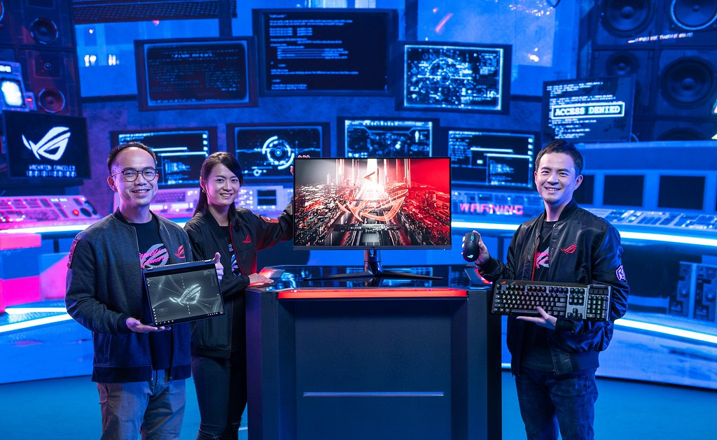 CES 2021 ROG For Those Who Dare 線上發表會今日舉行,帶來一系列令全球玩家振奮不已的電競戰備以及全新互動式體驗