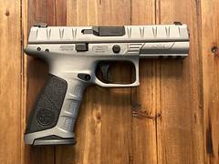 Beretta APX - Gun metal grey and Black