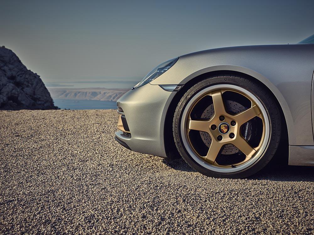 Porsche 210113-8