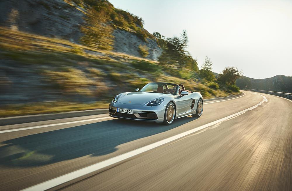 Porsche 210113-2