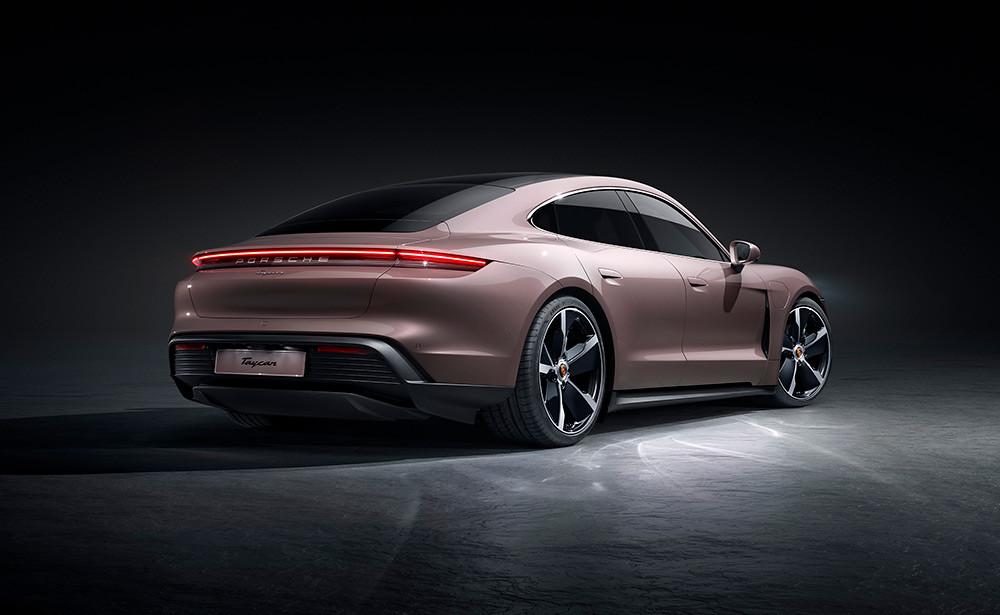 Porsche 210120-3