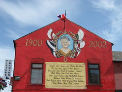 Photo of Royalist Mural Shankill Road Belfast 2006