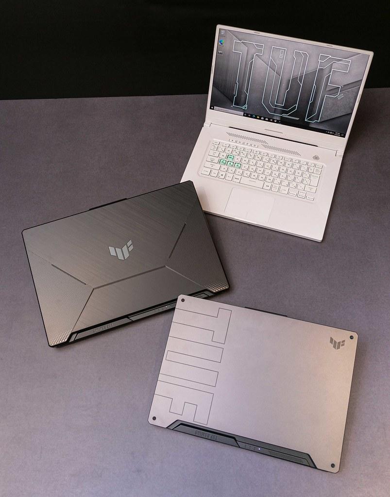 ASUS TUF Dash F15與ASUS TUF Gaming A15/17電競筆電最高搭載30顯示卡,為剽悍耐用首選。