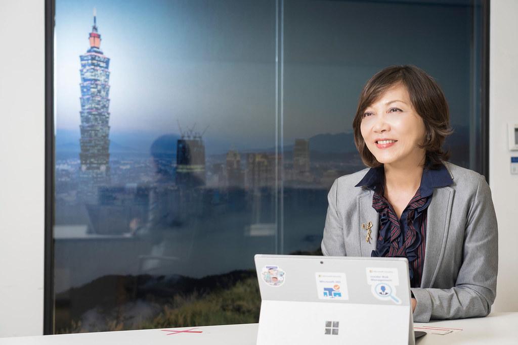 【新聞照片2】台灣微軟首席營運長陳慧蓉將持續帶領微軟深耕台灣,統籌公司行銷與營運策略,推動在地創新,擴大賦能產業生態系。