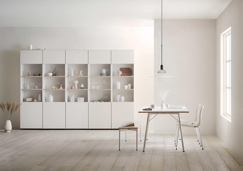 06-WFH超前部署,DESKER風格一致的簡約設計,從工作桌到收納櫃,不同的排列組合就是一場全新創作,開闢專屬夢想天地