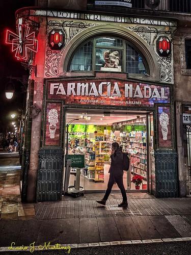 Barcelona: Las Ramblas. Farmacia Nadal. Modernista ((1850). Autor: Ramón Puig I Gairalt