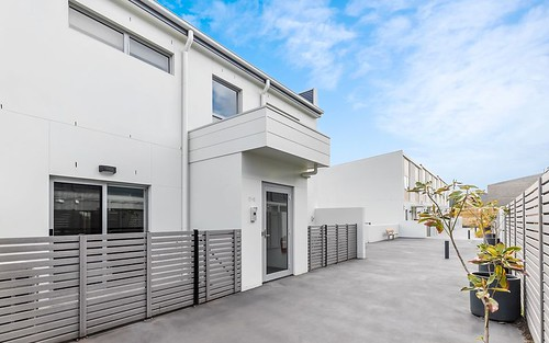 13/2 Bulletin Street, Lawson ACT 2617