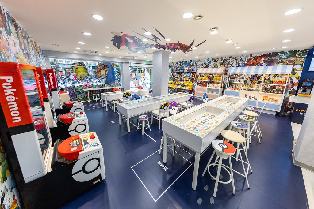 7-ELEVEN「寶可夢主題店」限定登場,門市設計由日本寶可夢公司親自操刀,以粉絲最愛的3D寶可夢結合卡牌為主題