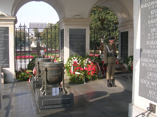 Warsaw tomb of the unknown soldier