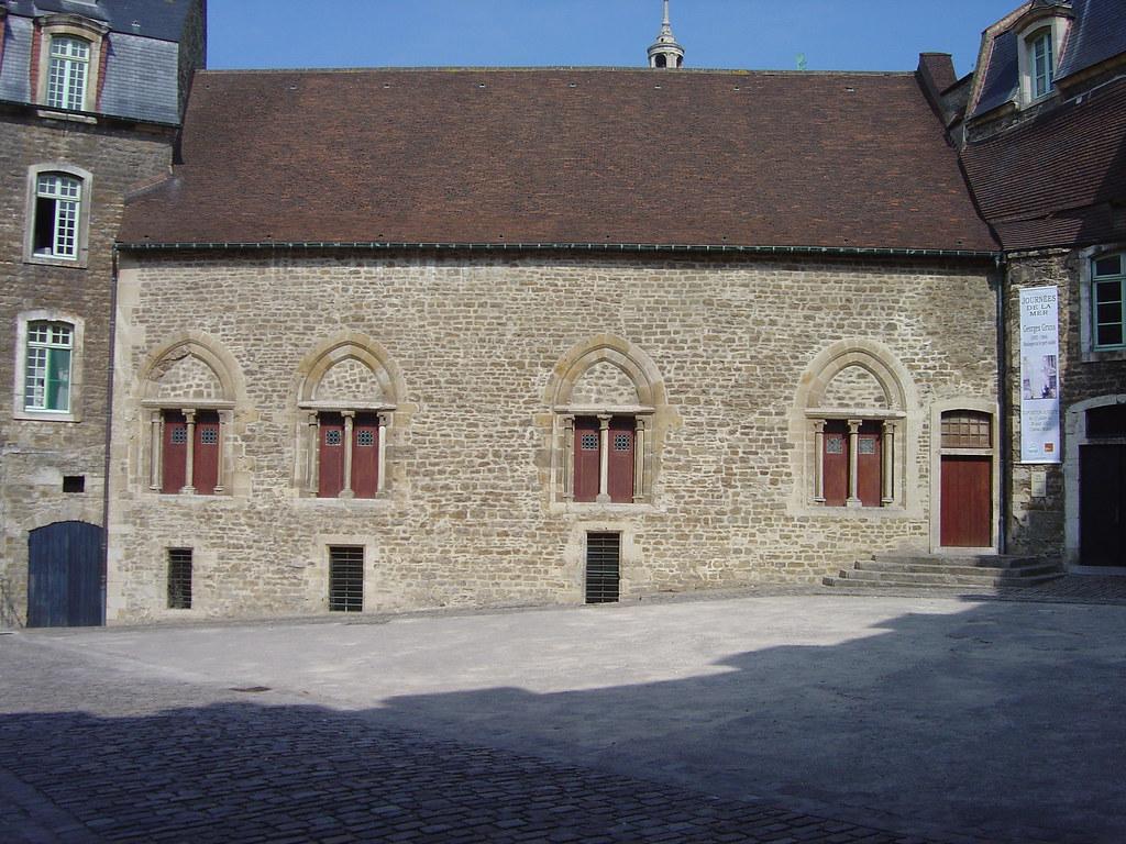 Chフeau-salle comtale