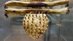 Etruscan fibula, lower leaf