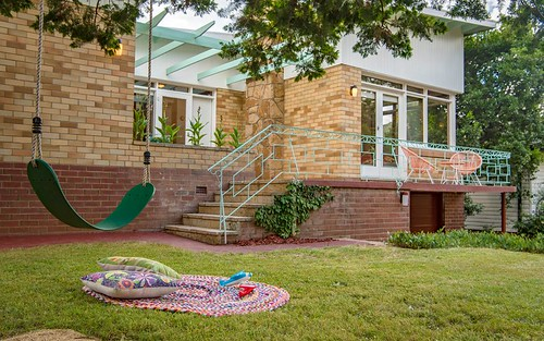 34 Carnegie Cr, Narrabundah ACT 2604