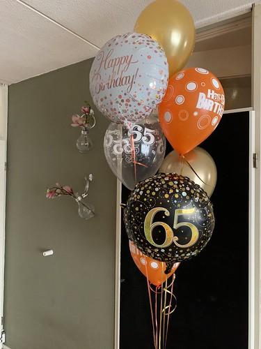 Ballonboeket Verjaardag 65 Jaar