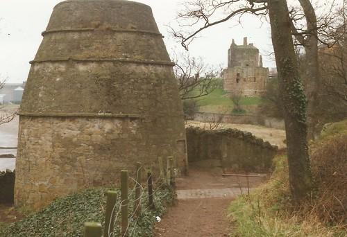 Ravenscraig 'doocot' & castle, Kirkcaldy, Fife c.1990.