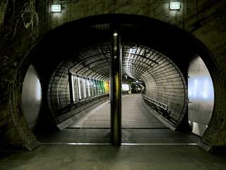 Tunnel at Nationalteatret station