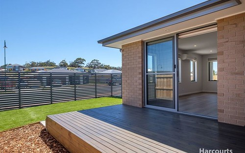 1/9 Sweetwater Road, Midway Point TAS