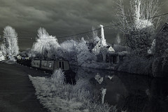 Photo of Canal at Aldermaston - Infra Red