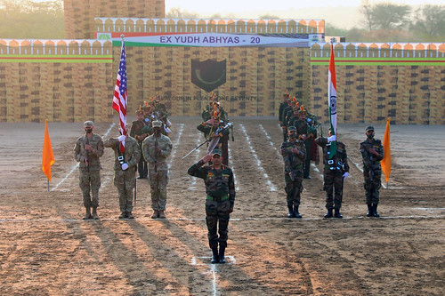 Indian and US Army Soldiers mark the conclusion of exercise Yudh Abhyas
