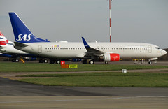 Photo of LN-RRF parked on the Eastern Apron