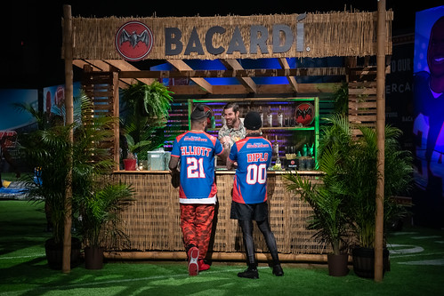 Bacardi-Bar(Zeke&Diplo)