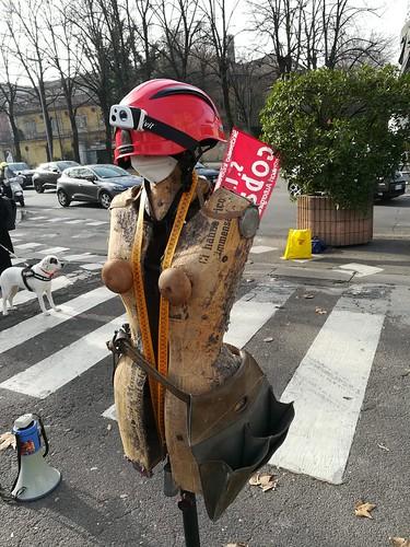 #unannosenzaeventi 🔊 #unannosenzareddito 🎥#elettritv📲💻 #mobilitazione 📣 su tutto il territorio della #Repubblicaitaliana delle #lavoratrici e #lavoratori dello spettacolo 23/02/2021, ad un anno dalla chiusura degl
