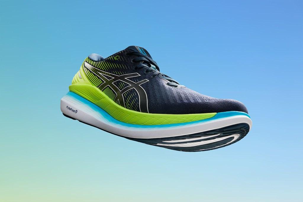 ASICS 2021年開春推出新一代RIDE系列家族GLIDERIDE 2高省力跑鞋