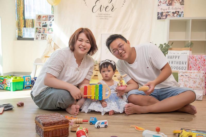 抓週寫真,派對寫真,生日派對攝影,親子寫真推薦,親子寫真價格,台北全家福,週歲派對寫真,台北親子攝影
