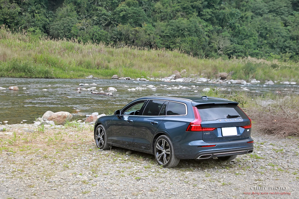 (chujy) Volvo V60 T8 Recharge Inscription 露營。海岸。美景之旅 - 43