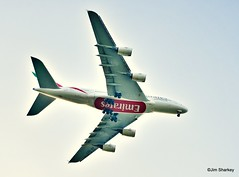Photo of Emirates A380 approaching Glasgow airport
