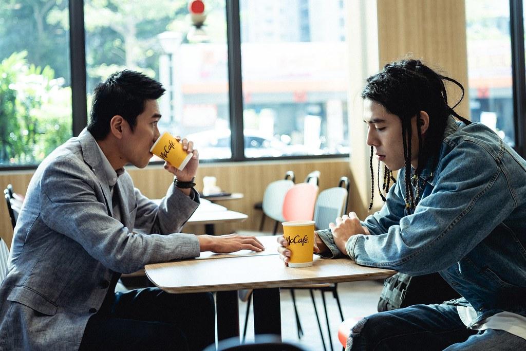 【圖說3】飾演麥當勞咖啡師的陳庭妮表示自己很喜歡《第二杯:在乎》,在短篇幅的故事中,充滿著意想不到的情緒轉折與矛盾情感,堪稱無懈可擊!
