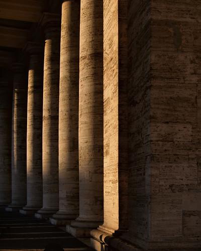 Tuscan marble colonnade, Piazza San Pietro, Città del Vaticano, Rome.