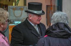 Ire mit Zylinder in Dublin, Irland
