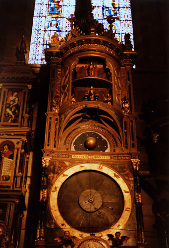 """Straßburg 1987 (07) Astronomische Uhr, Straßburger Münster • <a style=""""font-size:0.8em;"""" href=""""http://www.flickr.com/photos/69570948@N04/51004774958/"""" target=""""_blank"""">View on Flickr</a>"""