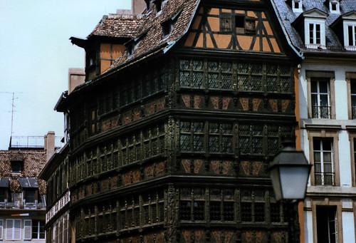 "Straßburg 1987 (12) Kammerzellhaus • <a style=""font-size:0.8em;"" href=""http://www.flickr.com/photos/69570948@N04/51006128740/"" target=""_blank"">View on Flickr</a>"