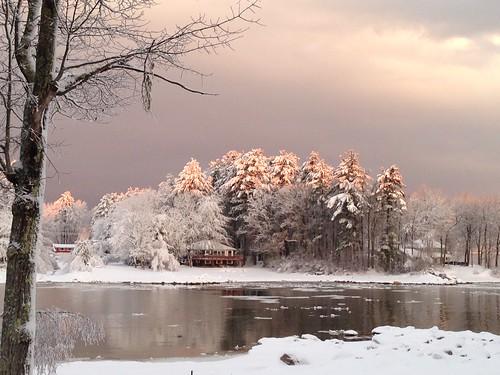 Sebago_5786_Suzanne White_Snug Harbor snowfall