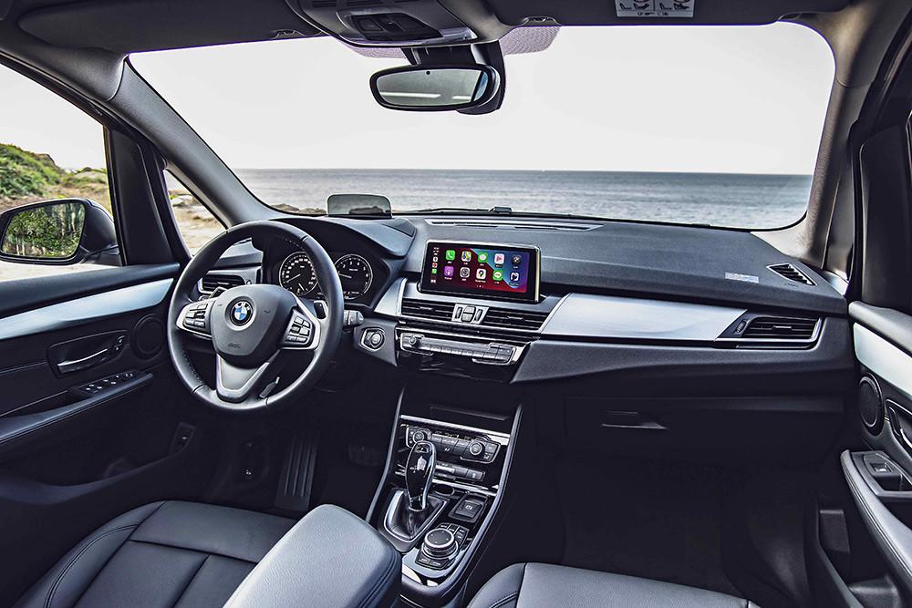BMW 2 210305-6