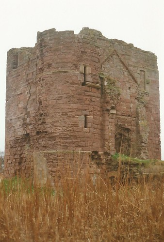Ravenscraig Castle gatehouse, Kirkcaldy, Fife c.1990.