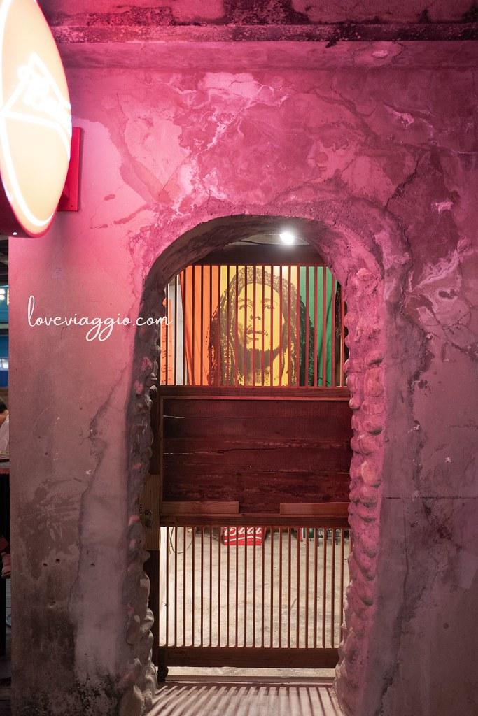 【墾丁 Kenting】恆春鈕扣倉庫 廢墟露天酒吧 席地而坐星空下的浪漫 @薇樂莉 Love Viaggio | 旅行.生活.攝影